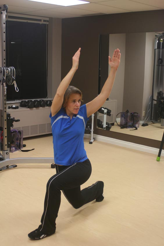 Side reaching reverse lunges
